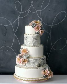 vintage look wedding cakes | Wedding Cake of the Day: Vintage Book Pages : Brides