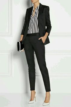 Ideas for womens business fashion career simple Classy Work Outfits, Office Outfits, Mode Outfits, Fashion Outfits, Office Attire, Office Wear, Classy Clothes, Fashion Ideas, Casual Outfits