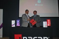 Firma de convenio de practicas entre IST e INACAP Concepcion-Talcahuano