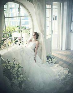 Wedding Dresses Hochzeitskleider - http://www.1pic4u.com/blog/2014/06/06/wedding-dresses-hochzeitskleider-120/