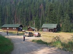 Thanks to @Brenda Jurgens for telling me about the cabins on the Magruder Corridor. Alan and I are going to make this part of our summer #boomer #travel adventure in Montana