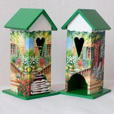 Krabičky - Domček na čaj - Záhrada - 3371616 Bookends, Bird, Outdoor Decor, Home Decor, Decoration Home, Room Decor, Birds, Home Interior Design, Home Decoration