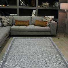 Contemporary, Rugs, Instagram, Home Decor, Farmhouse Rugs, Interior Design, Home Interior Design, Floor Rugs, Rug