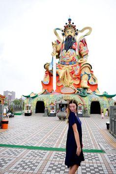 Lotus Pond, Taiwan #taiwan #howtotraveltaiwan #kaohsiung