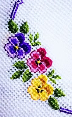 Quilting Stitch Patterns, Hand Embroidery Design Patterns, Embroidery Works, Crochet Flower Patterns, Sewing Stitches, Baby Knitting Patterns, Cross Stitch Embroidery, Cross Stitch Patterns, Cross Stitch Pillow