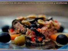 Ensalada fría de atún, macarrones y aceitunas