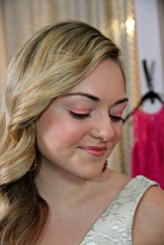 Peach Eyeshadow (Red Carpet Trend)