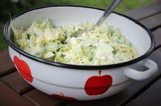 Makuja visioista: Mummumainen Varhaiskaalisalaatti Potato Salad, Cabbage, Grains, Rice, Potatoes, Vegetables, Cooking, Ethnic Recipes, Food