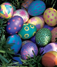 52 Easy Egg Decorating Ideas to Get You Egg-cited for Easter - Easter Photos Cool Easter Eggs, Easter Egg Dye, Coloring Easter Eggs, Easter Bunny, Egg Coloring, Easter Stuff, Diy Ostern, Easter Traditions, Easter Crafts