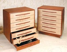 Mike Fisher - Heartwood Creations - 7 Drawer Jewelry Box - Men's style, accessories, mens fashion trends 2020 Quick Diy Jewelry, Diy Jewelry To Sell, Diy Jewelry Holder, Diy Jewelry Tutorials, Diy Jewelry Making, Necklace Holder, Gold Necklace, Woodworking Workshop Plans, Used Woodworking Tools