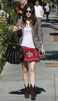 rachel bilson / I always get the impression that she doesn't know what she wants to be