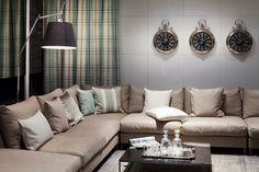 Vor allem für das Wohnzimmer eignet sich die Farbe BEIGE besonders, da sie behaglich wirkt und somit die Gemütlichkeit und Nestwärme unterstützt. Fotocredits: FINE Couch, Furniture, Home Decor, Living Room, Colors, Homes, Settee, Decoration Home, Sofa