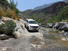 Oman im Allradwagen #oman #allrad http://www.hiddengem.de/oman-mit-allradwagen/