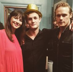 Here are some NEW pics of The Cast and Crew of Outlander at Season 3 Wrap Party More after the jump!