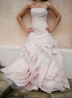 Vera Wang Wedding Dress ♥ Designer Wedding Dresses