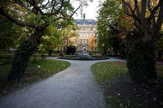 historischer Teil des Juliusspital in Würzburg vom Spitalgarten aus gesehen