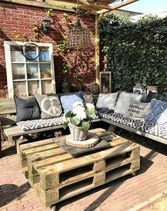 Pergola For Small Patio Diy Garden Furniture, Diy Outdoor Furniture, Outdoor Rooms, Outdoor Gardens, Outdoor Living, Outdoor Decor, Small Backyard Patio, Outside Living, Small Space Gardening