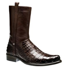 Create a long-lasting statement with these Cuadra caiman dress boots Hand-painted and the exotic finish of these boots will surely be a stylish Men's Shoes, Shoe Boots, Dress Shoes, Mens Boots Fashion, Fashion Shoes, Cowboy Holsters, Gentleman Shoes, Leather Boots, Men Boots