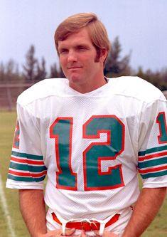 Bob Griese Football Uniforms, School Football, Football Team, Sports Team Logos, Nfl Sports, Nfl Hall Of Fame, Nfl Miami Dolphins, Vintage Football, National Football League
