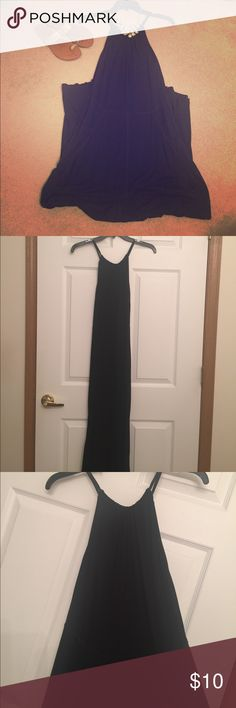 Black Maxi Dress Gap Maxi Dress-size small; super stretchy with an additional belt to tie the dress if you'd prefer; I wore it without the belt; worn once GAP Dresses Maxi