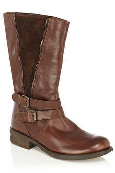 This stylish mid length leather boots feature a faux zip feature on the side with an exposed textured panel. The boots have a double buckle feature across the front and are finished with round toe styling. Seasons In The Sun, Oasis Uk, Fashion Today, Autumn Inspiration, New Wardrobe, Brown Boots, Leather Boots, Riding Boots, Biker