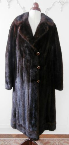 7e9ce9e8bcf Vintage Early 1960 s Shaded Dark Brown Genuine Mink Fur Coat UK Size 14-16  by