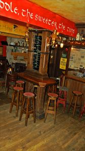Go back to old Dublin and have a taste of great food and entertainment at Brazenhead!