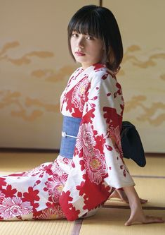 Indonesian Girls, Yukata, Asian Beauty, Pretty Girls, Erotic, Oriental, Kimono, Flower Girl Dresses, Beautiful Women
