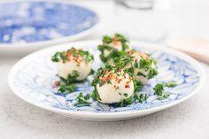 Grönkål&ost-bollar med mandel