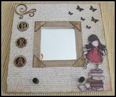Decorar espejos | Aprender manualidades es facilisimo.com Malm, Decoupage On Canvas, Ikea Mirror, Canvas Frame, Painting On Wood, Cardmaking, Picture Frames, Diy Crafts, Projects