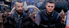 This partnership is great Vikings Season 5, Vikings Show, Vikings Tv Series, Treasure Games, Ivar The Boneless, Alex Hogh Andersen, Beginning Running, The Last Kingdom, Viking S