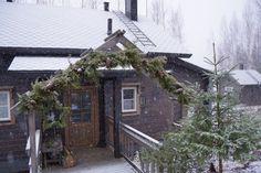 Home Fashion, Villa, Cabin, House Styles, Home Decor, Decoration Home, Room Decor, Cabins, Cottage