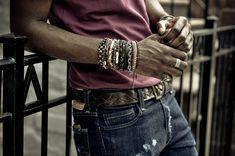 Men go Style Layered Bracelets, Bracelets For Men, Fashion Bracelets, Wrap Bracelets, Tribal Fashion, Mens Fashion, Men Accesories, Handsome Black Men, Gq Style