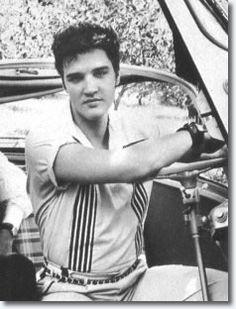 3- Elvis Presley in the BMW Isett