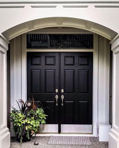 to Choose a Front Door Color Ever wondered how to pick a front door color? This is a post just for you to…Ever wondered how to pick a front door color? This is a post just for you to… Door Paint Colors, Exterior Paint Colors For House, Front Door Colors, Paint Colors For Home, House Colors, Colored Front Doors, Black Front Doors, Double Front Doors, Painted Front Doors