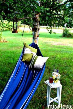 DIY Backyard Projects You Can Actually Do - Backyard Hammock