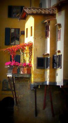 neşeli balkonlar ^^