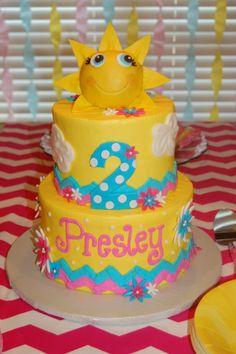 "Presley's ""You are my sunshine"" cake"
