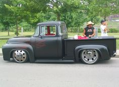 Visit The MACHINE Shop Café... ❤ Best of Trucks @ MACHINE ❤ (1956 Ford F100 Custom Pickup)