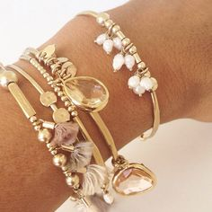skinny Gold hammered Bangle w fresh water pearls, bangles stack, bracelet stack, charm bracelet from MeAndZoca on Etsy
