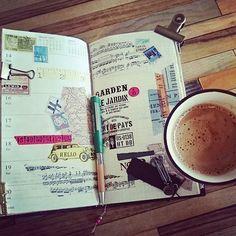ついに味覚も戻り一週間ぶりとなる珈琲を飲みたいと思えるようになりました そんなわけで気は重いですが今週のメニューをレギュラーに書いた後は植え替えする多肉、剪定する多肉などをパスポートサイズに書いていこうと思います!  #coffee#久しぶり#感動 #travelersnote#travelersnotebook#トラベラーズノート  #stamps#stamp#スタンプ #マスキングテープ #マステ#washitape#maskingtape