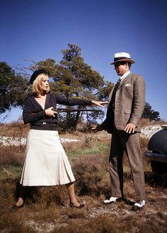 Faye Dunaway and Warren Beatty in 'Bonnie & Clyde', 1967.