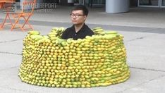 Yiga clan and their bananas (I think they're actually cucumbers but it's still funny) The Legend Of Zelda, Legend Of Zelda Memes, Legend Of Zelda Breath, League Of Legends, Yiga Clan, Funny Family Photos, Funny Pictures, Random Pictures, Reaction Pictures