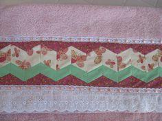 Toalha para a netinha da Neuma. Seminole em matiz rosa.