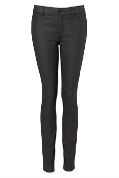 Super Coated Skinny Jean #witcherywishlist Weekend Style, Black Jeans, Skinny Jeans, Coat, Christmas, Pants, Photography, Clothes, Fashion