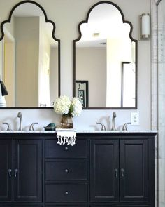 A monochrome bathroom is not hard to attain. It may give the room a luxury bathroom texture. Black and white bathroom does not have to be traditional. A black and white bathroom is a contemporary and classic style option, however… Continue Reading → Bathroom Renos, Bathroom Storage, Bathroom Ideas, Paint Bathroom, Bathroom Renovations, Bathroom Cabinets, Bathroom Shelves, Bathroom Organization, Gold Mirror Bathroom