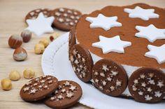 La torta pan di stelle è un dolce estremamente goloso, amato dai grandi ma sopratutto dai bambini. Vediamo come prepararla passo dopo passo