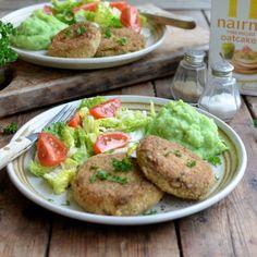 Salmon Fishcakes with Oatcake Crumb