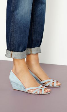 Danna suede mini wedge