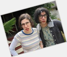 Image detail for -portlandia-season-two-IFC-carrie-brownstein-fred-armisen Carrie Brownstein, Fred Armisen, Saturday Night Live, Indie Music, Favorite Tv Shows, Carry On, Movie Tv, Your Style, Celebs